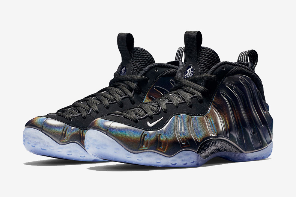 nike-hologram-foamposites-black-friday-04.jpg