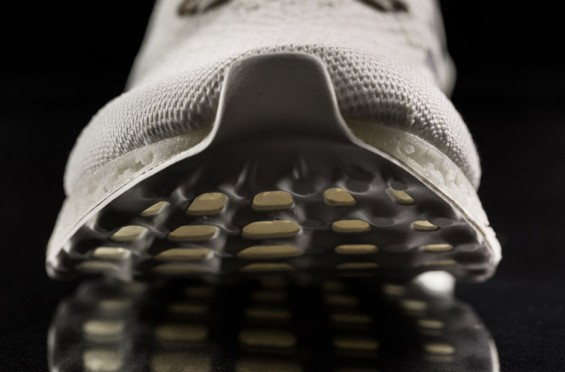 ADIDAS-PRESENTS-THE-FUTURE-OF-RUNNING-SHOES-3D-PRINTED-MIDSOLE-TECHNOLOGY-6-565x372.jpg