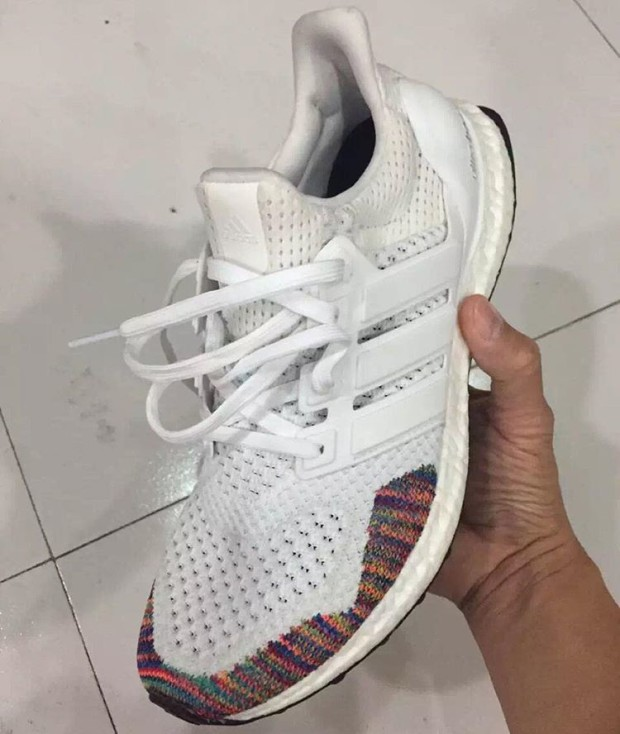 ADIDAS-ULTRA-BOOST-multicolor-03.jpg