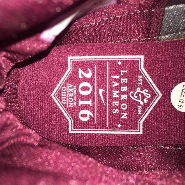 Nike-LeBron-13-CORK-4_nwncdj.jpg