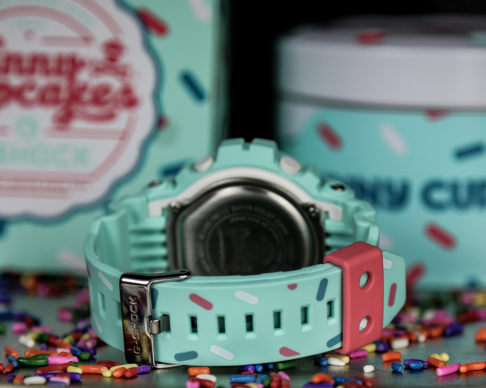 G-Shock-Johnny-Cupcakes-Watch-5.jpg