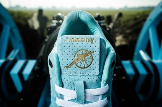 Sneaker-Politics-x-Saucony-Courageous-3-565x372.jpg
