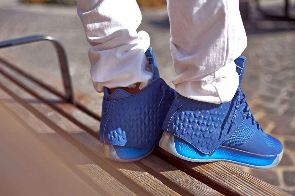Brandblack-J-Crossover-3-III-Blue-Deep-Royal3.jpg