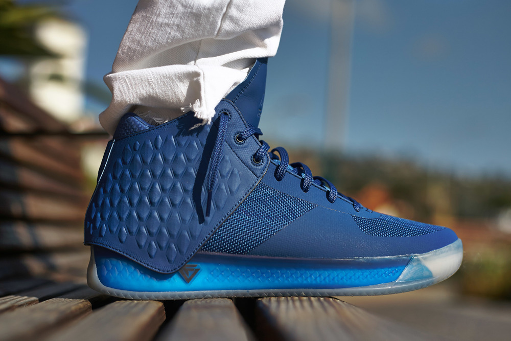 Brandblack-J-Crossover-3-III-Blue-Deep-Royal2.jpg