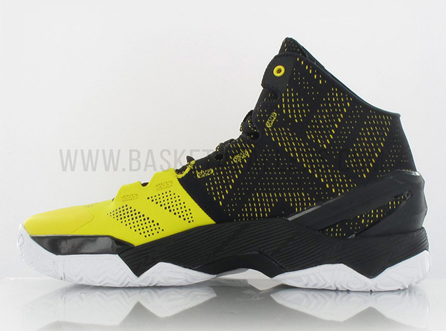 under-armour-curry-2-long-shot-black-yellow-2.jpg