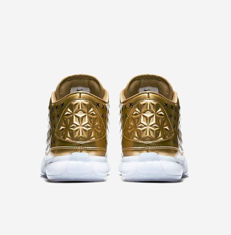 Nike-Kobe-X-EXT-Liquid-Gold-Official-Images4.png