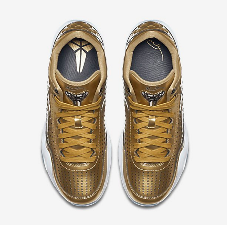 Nike-Kobe-X-EXT-Liquid-Gold-Official-Images3.png