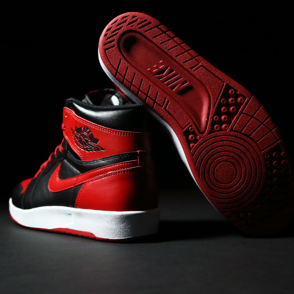 Air-Jordan-1.5-The-Return-Bred-Black-Red2.jpg