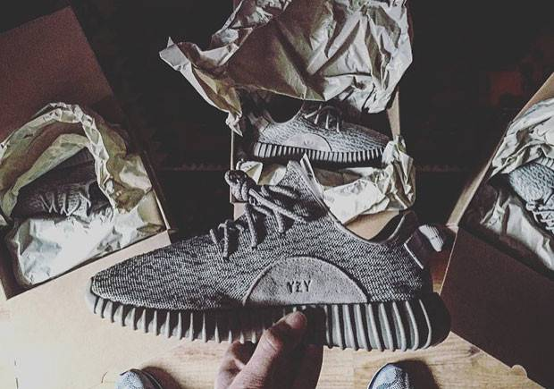 Adidas-Yeezy-350-Grey-Moon-Rock-4.jpg