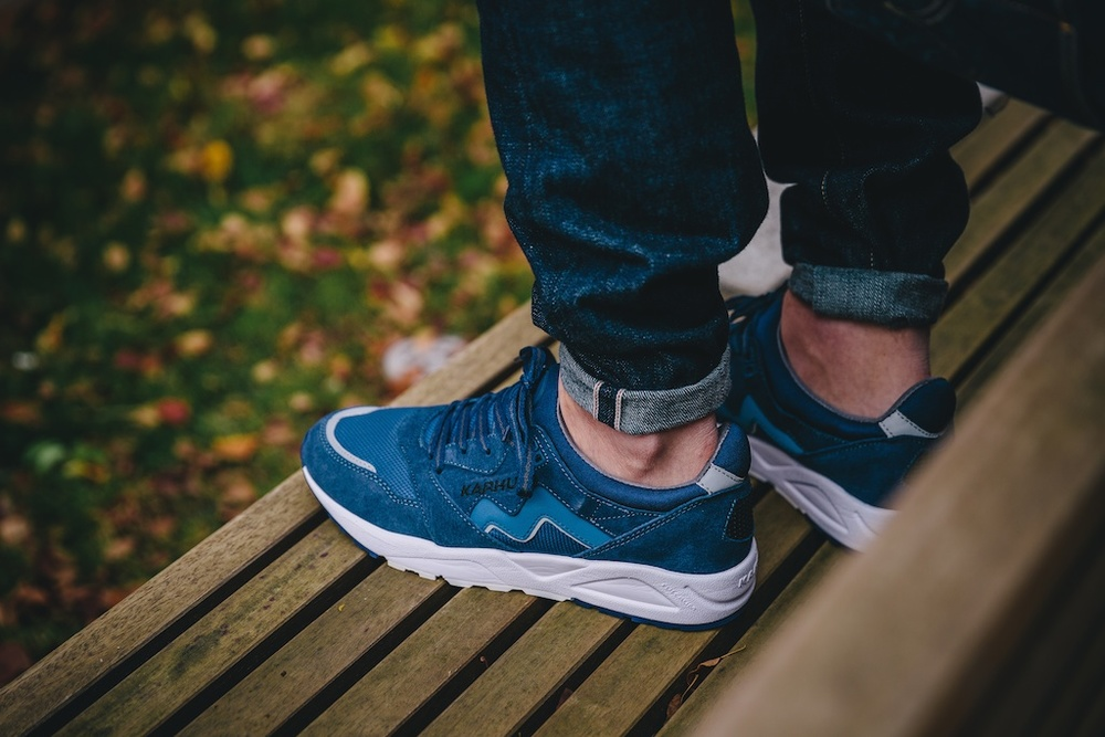 Karhu Aria Navy:White On Feet2.jpg