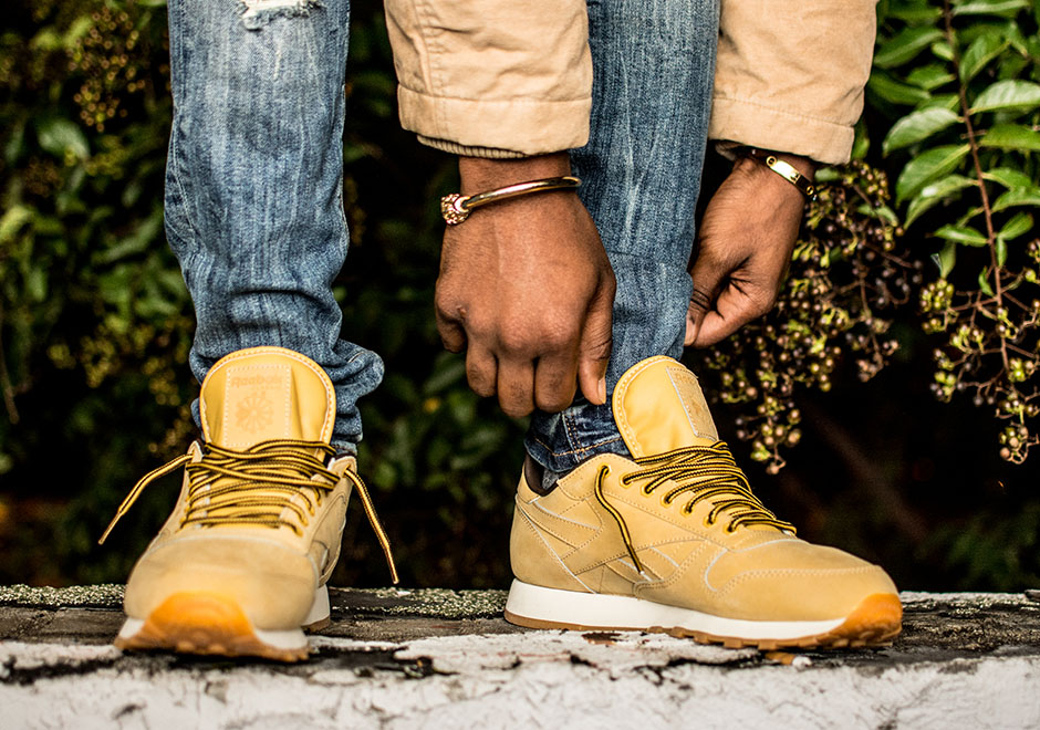 reebok-classic-leather-wheat-pack-exo-fit-3.jpg
