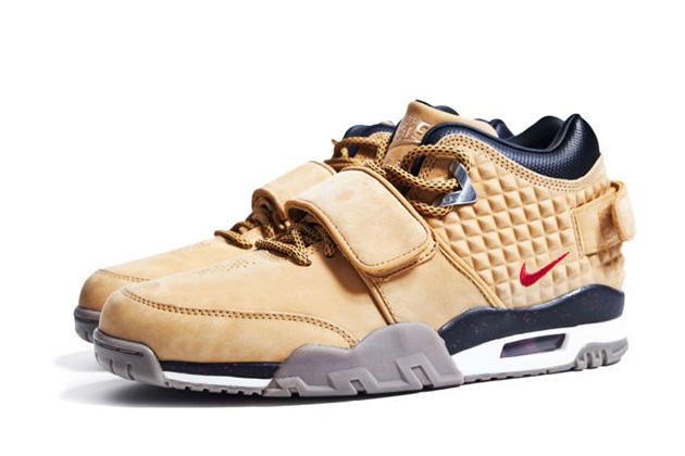 victor-cruz-nike-signature-sneaker-001.jpg