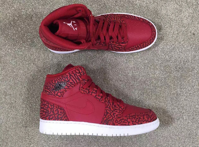air-jordan-1-red-elehpant-print-05.jpg
