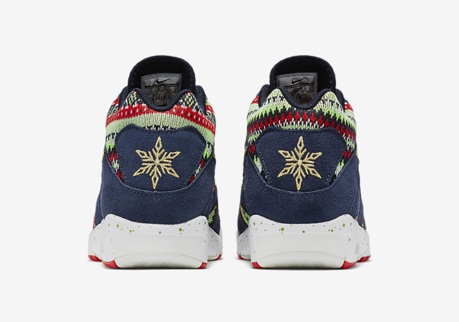 nike-air-tech-challenge-3-christmas-2015-5.jpg