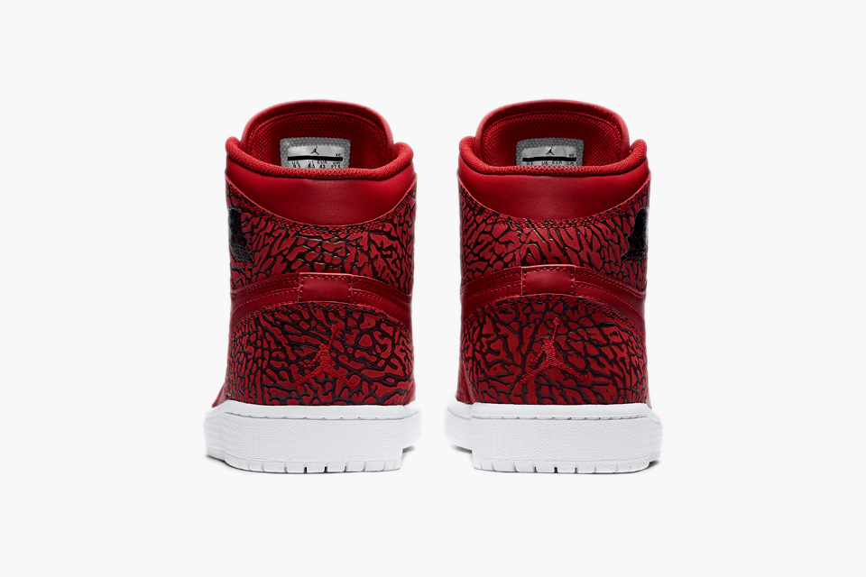 Air-Jordan-1-High-Red-Elephant-03.jpg