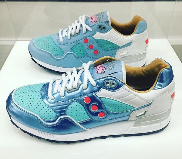 26f5cf6cc Extra Butter x Saucony GRID SD