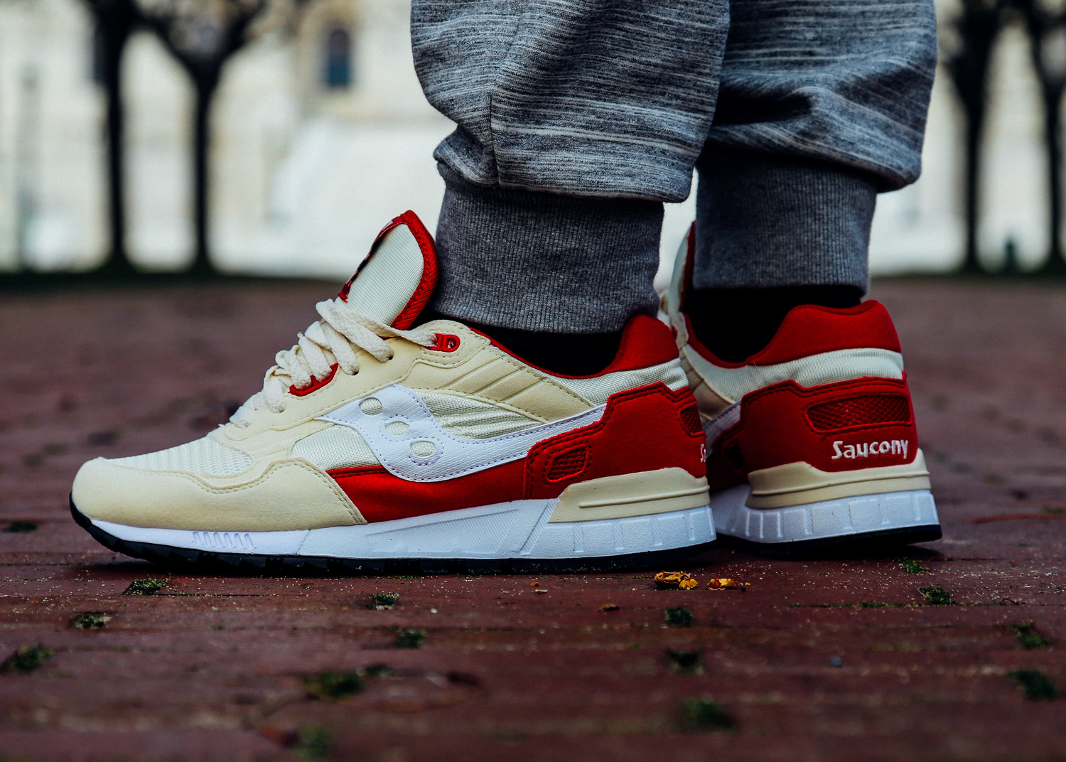 Saucony Red And Cream