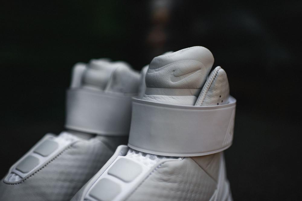Nike-Swoosh-Hunter-51.jpg