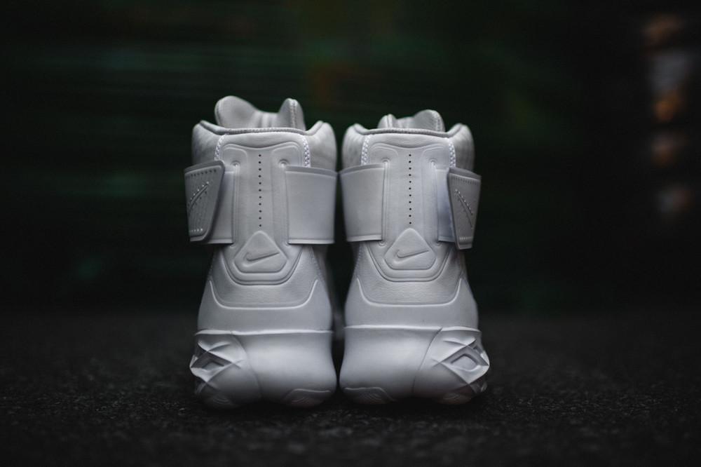 Nike-Swoosh-Hunter-41.jpg
