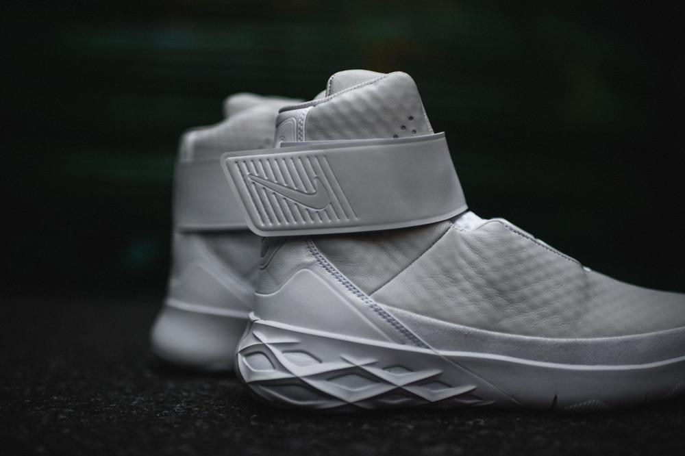 Nike-Swoosh-Hunter-32.jpg
