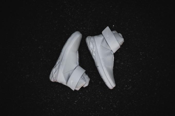 Nike-Swoosh-Hunter-7-681x454.jpg