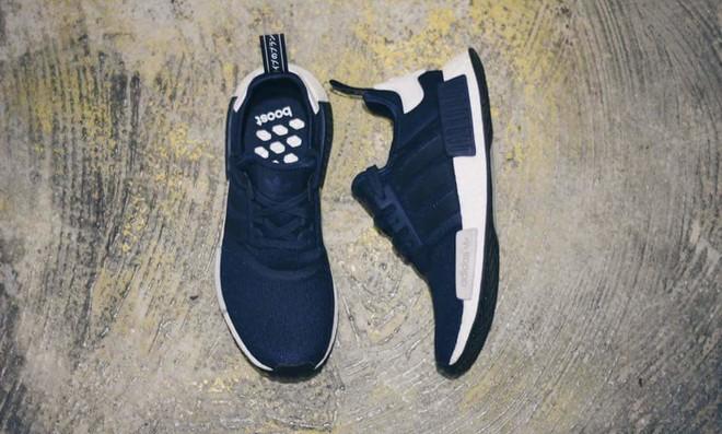adidas-NMD-Runner-Navy-White-03.jpg