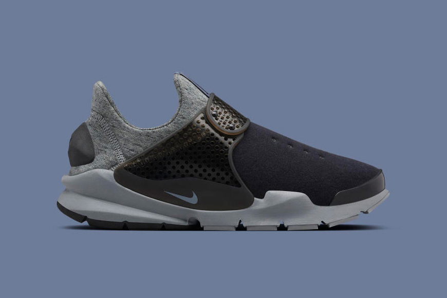 nikelab-tech-fleece-sock-darts-07.jpg