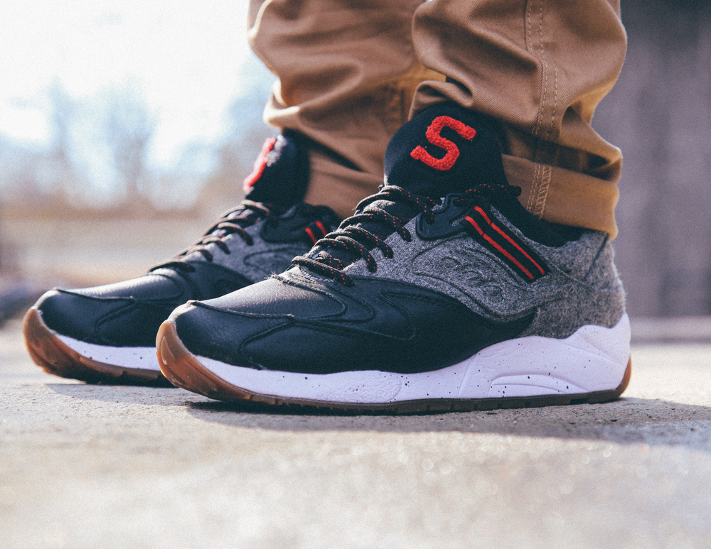 Saucony-Grid-9000-Letterman-On-Foot-Vintage-Filter-2.jpg