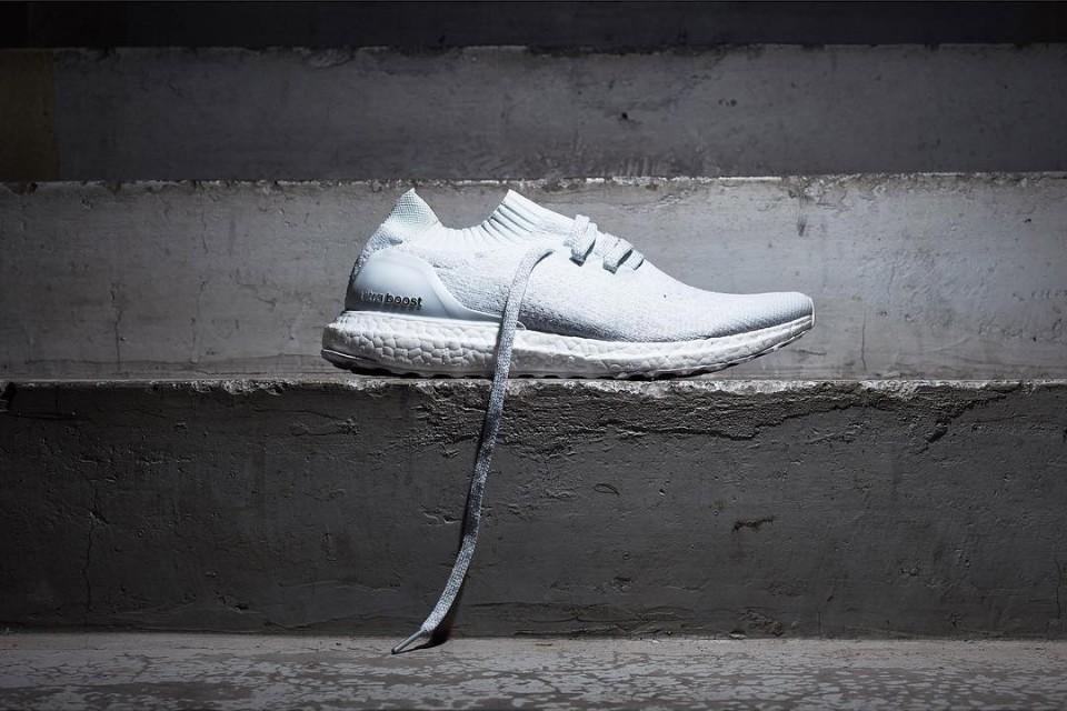 a961cfdd509 ... discount adidas ultra boost uncaged white 02 960x640 da4a8 6aa97