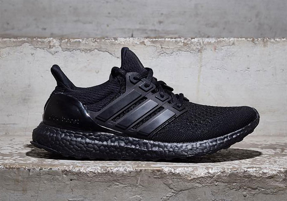 adidas-ultra-boost-triple-black-1.jpg