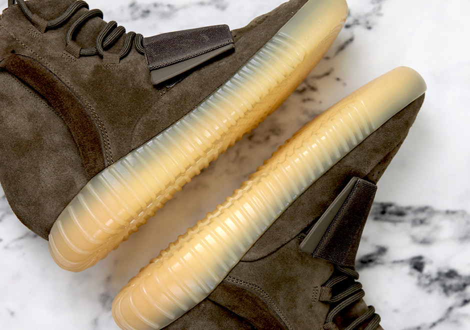 adidas-yeezy-boost-750-chocolate-gum-detailed-images-12.jpg