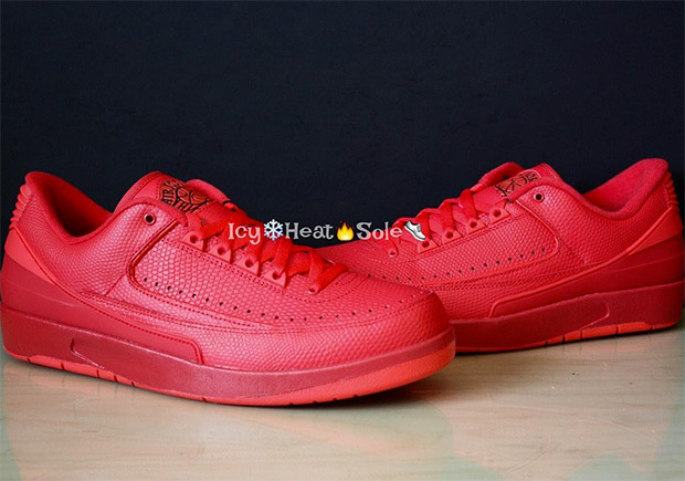air-jordan-2-low-red-2.jpg