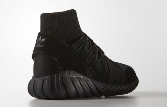 adidas-tubular-doom-black-2-681x438.jpg