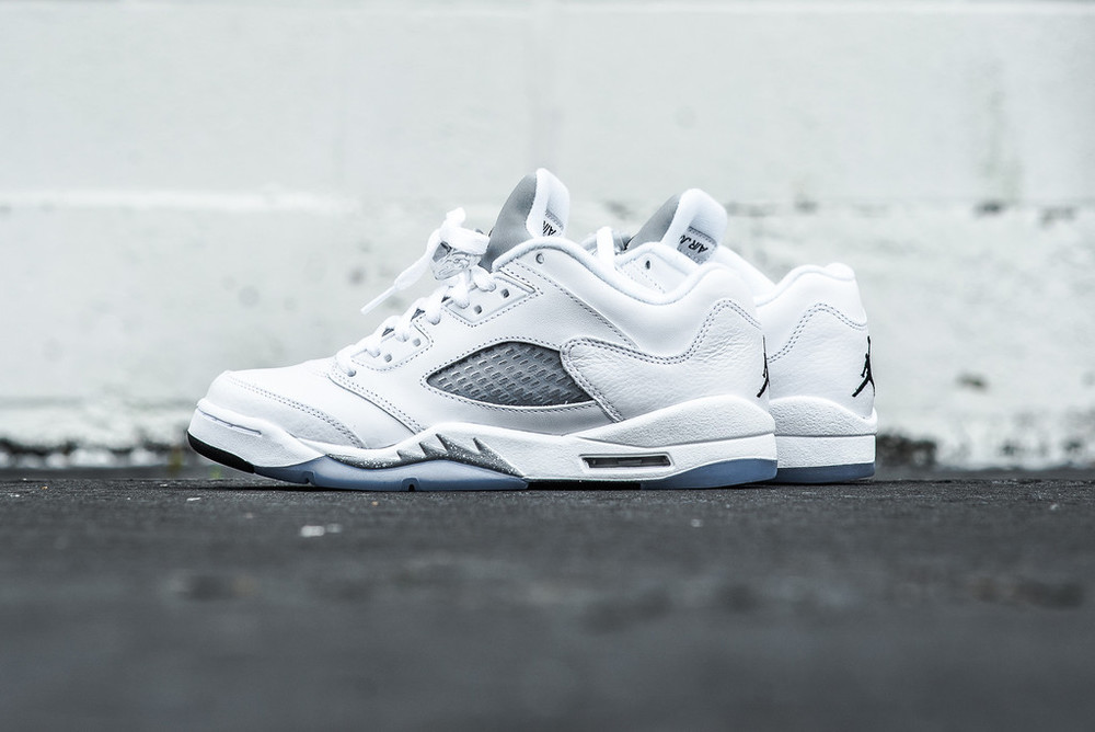 WMNS_Air_Jordan_5_Retro_Low_White_Metallic_Silver_Sneaker_Politics_Hypebeast_1_1024x1024.jpg
