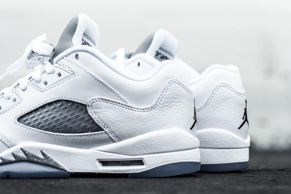 WMNS_Air_Jordan_5_Retro_Low_White_Metallic_Silver_Sneaker_Politics_Hypebeast_2_1024x1024.jpg