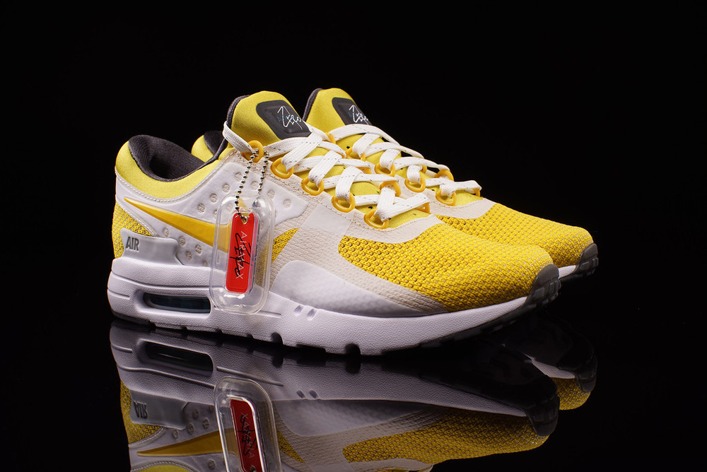 reputable site 6a8b8 855ea Nike Air Max Zero QS