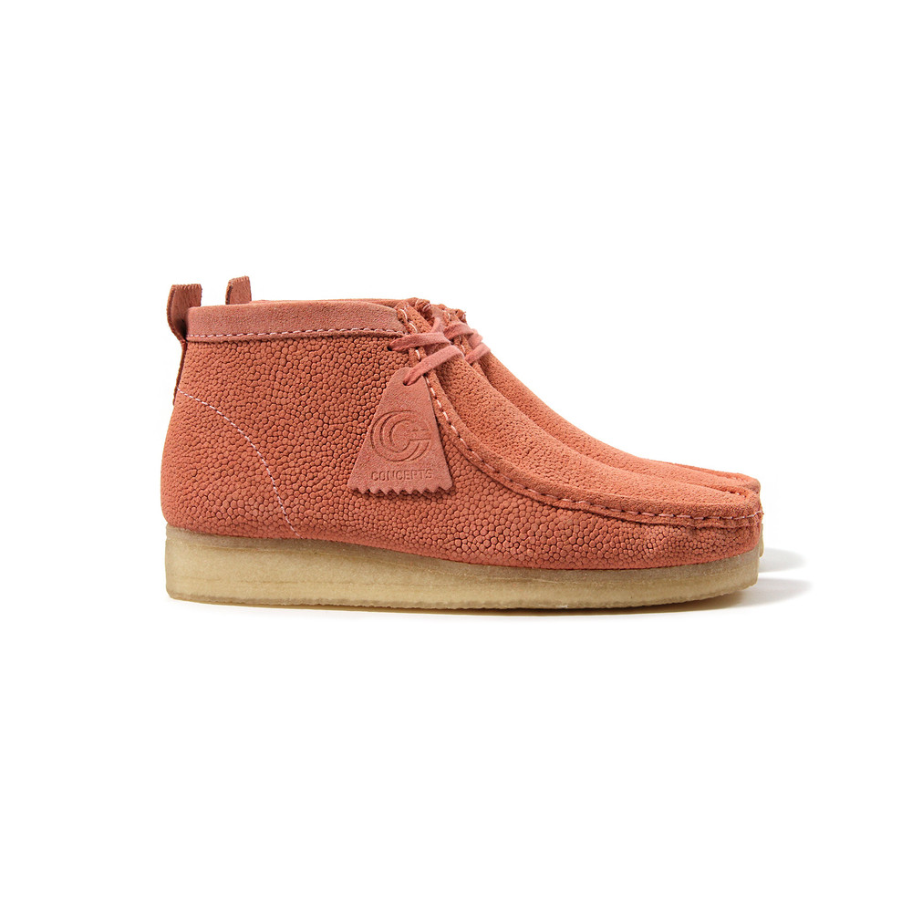 cncptsXclarks-wallabee_pinkleather_1TAG.jpg