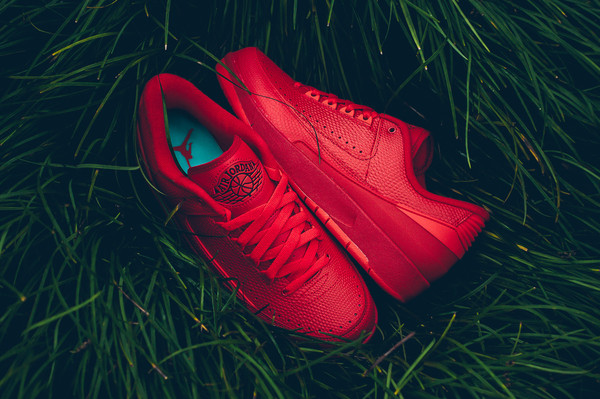 air_jordan_2_low_red_red_snake_sneaker_politics_hypebeast_17_grande.jpg