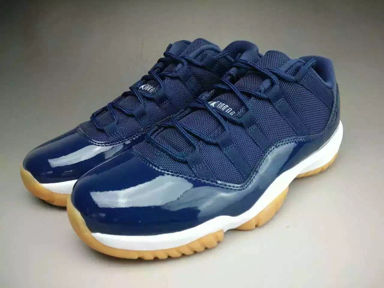 a460046fe89 Closer Look at the Air Jordan 11 Low