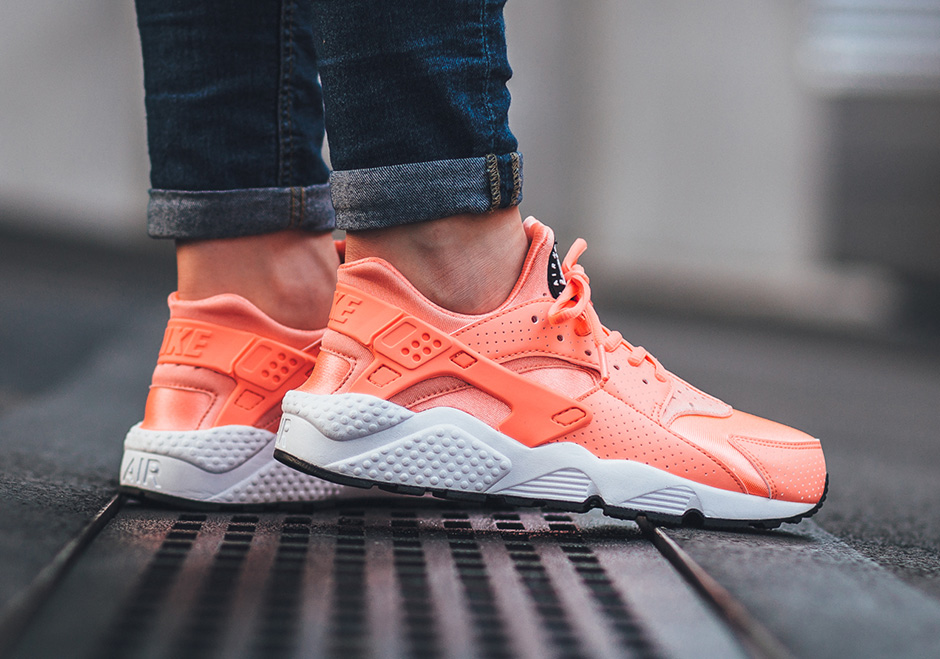 Now Available WMNS Nike Air Huarache Run