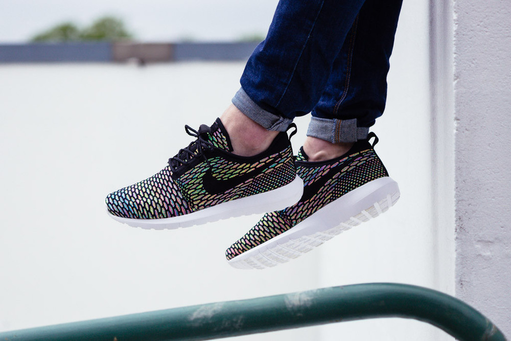 detailed look 4a90f 6eb6d Restock  Nike Roshe NM Flyknit