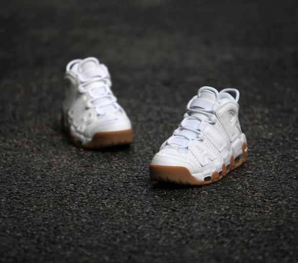 Nike-Air-More-Uptempo-10.png