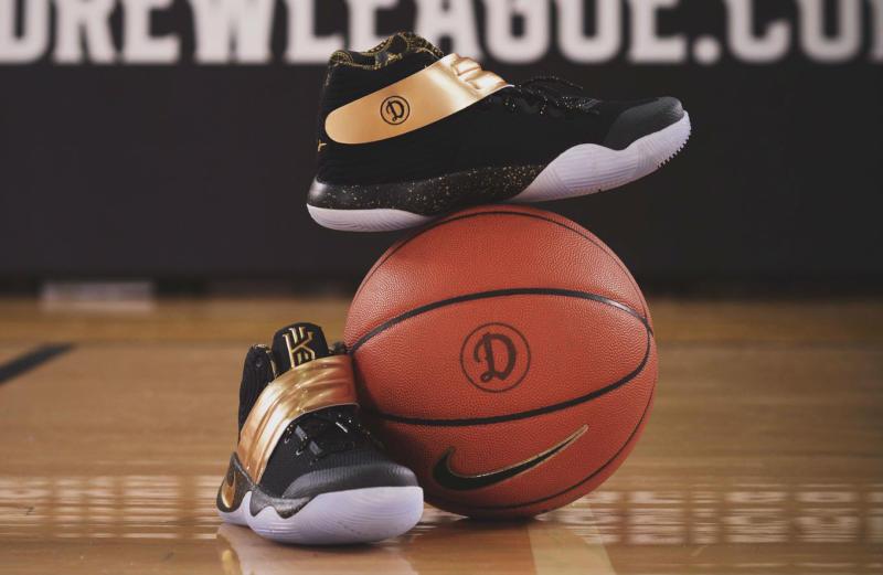 sale retailer 383ba 38a57 Now Available  Nike Kyrie 2