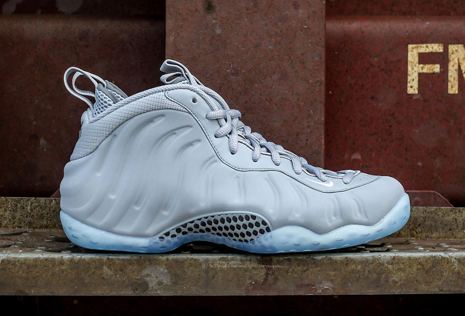 wolf-grey-nike-foamposite-photos-1.jpg
