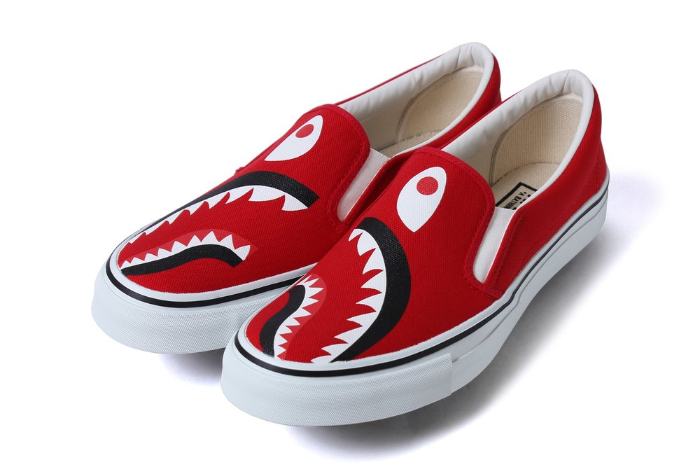bape-shark-footwear-slip-on-yank-sta-5.jpg