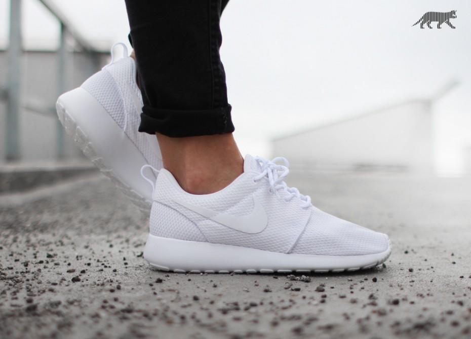 pretty nice d154d 0b212 Nike Roshe One