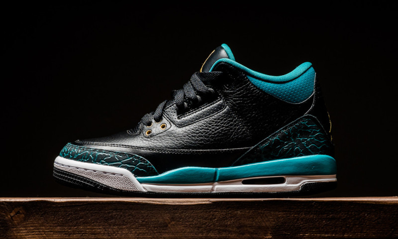8f300f7977 Now Available: GS Air Jordan 3 Retro