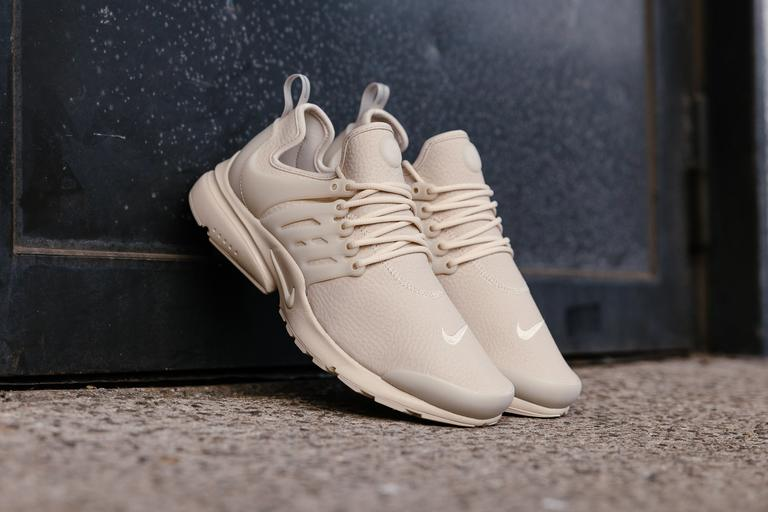 Now Available Women S Nike Air Presto Quot Oatmeal Quot Sneaker