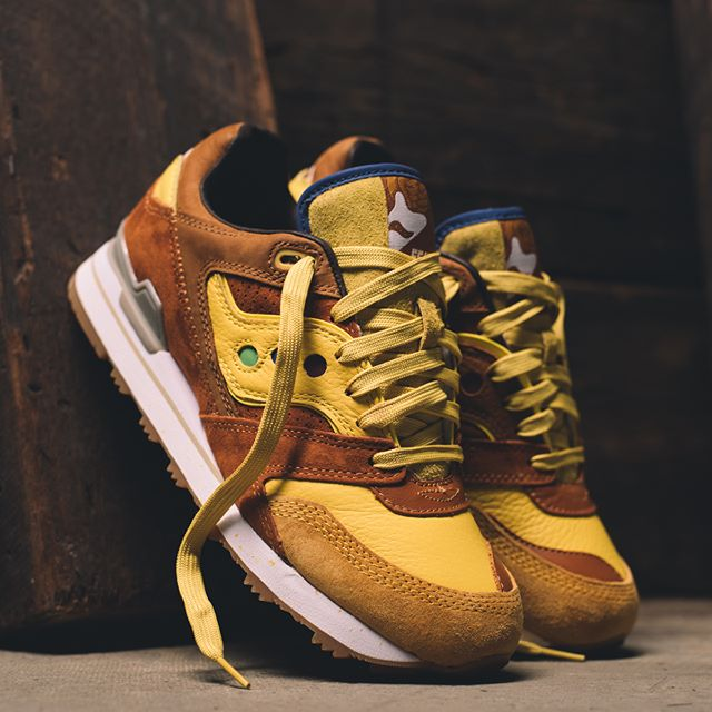 """Collect This: Feature x Saucony Courageous """"Belgian Waffle"""