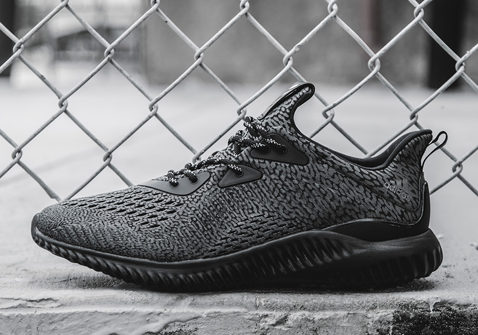 27b28e86c6f0d Now Available  adidas AlphaBounce